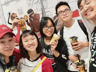 VLU's Faculty of Foreign Languages students community in Malaysia